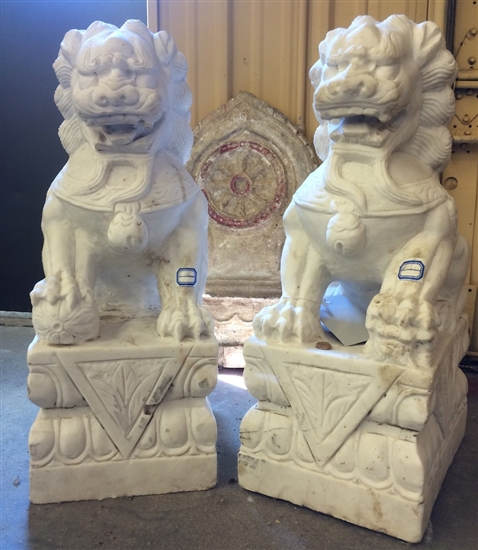 2ft Tall Antique White Marble Foo Dog Guardian Lion